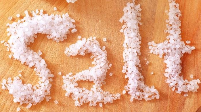 Perbedaan Garam Laut dan Garam Dapur Biasa