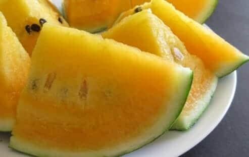Manfaat Buah Semangka Kuning